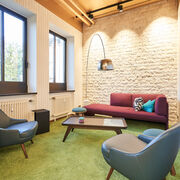 henley-campus-informal-meeting-lounge